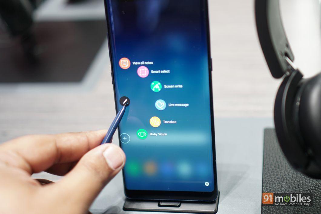 Samsung Galaxy Note8 FI 02