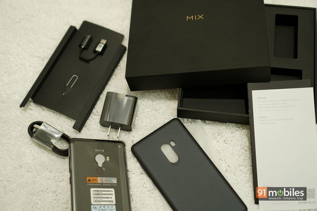 Xiaomi-Mi-Mix-2-unboxing-09