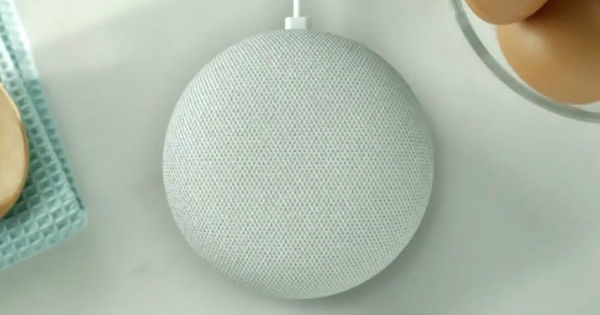 Google Home mini featured