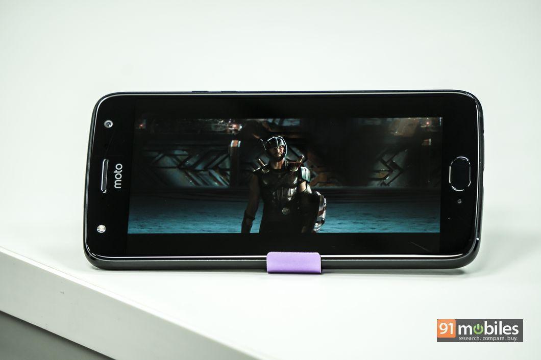 Moto X4 review01