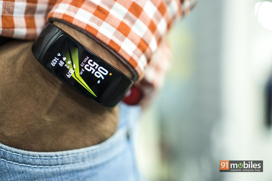 Samsung Gear Fit2 Pro review07