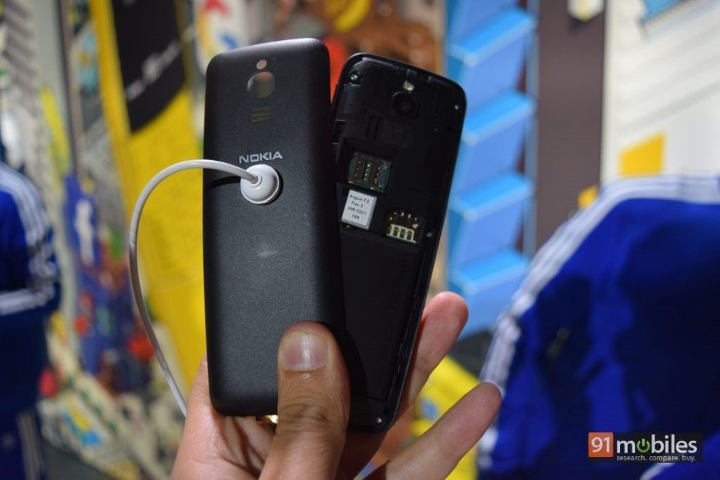 Nokia-8110-4G-first-impressions-91mobiles-33_thumb.jpg
