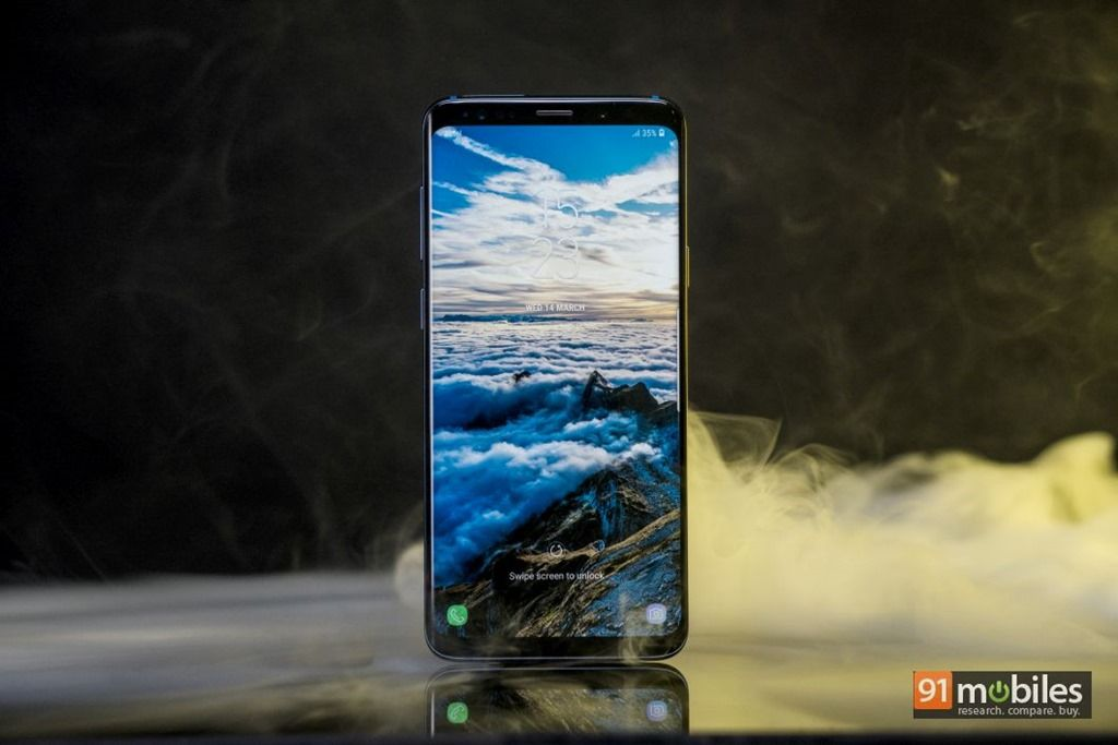 Samsung Galaxy S9 and S9+ start receiving new update with selfie