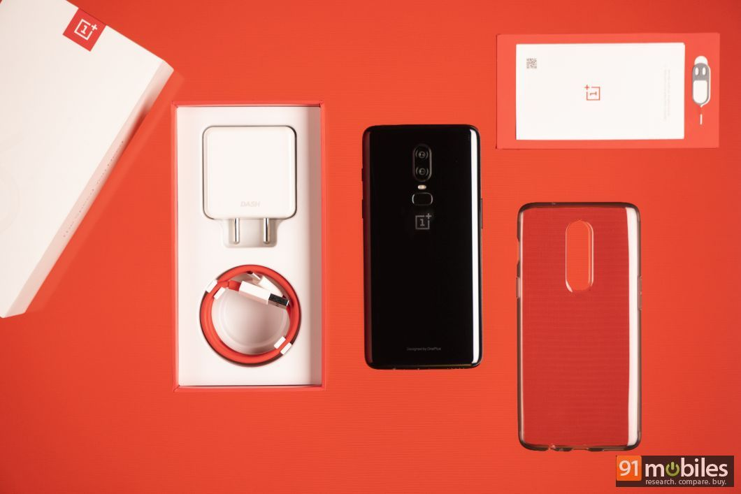 OnePlus 6 unboxing and first impressions 04