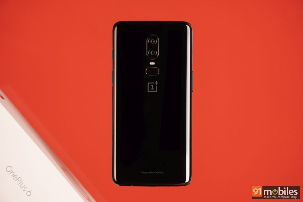 OnePlus 6 unboxing and first impressions 05