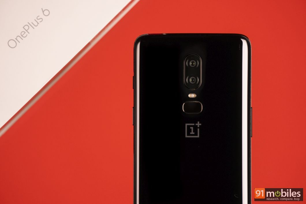 OnePlus 6 unboxing and first impressions 07