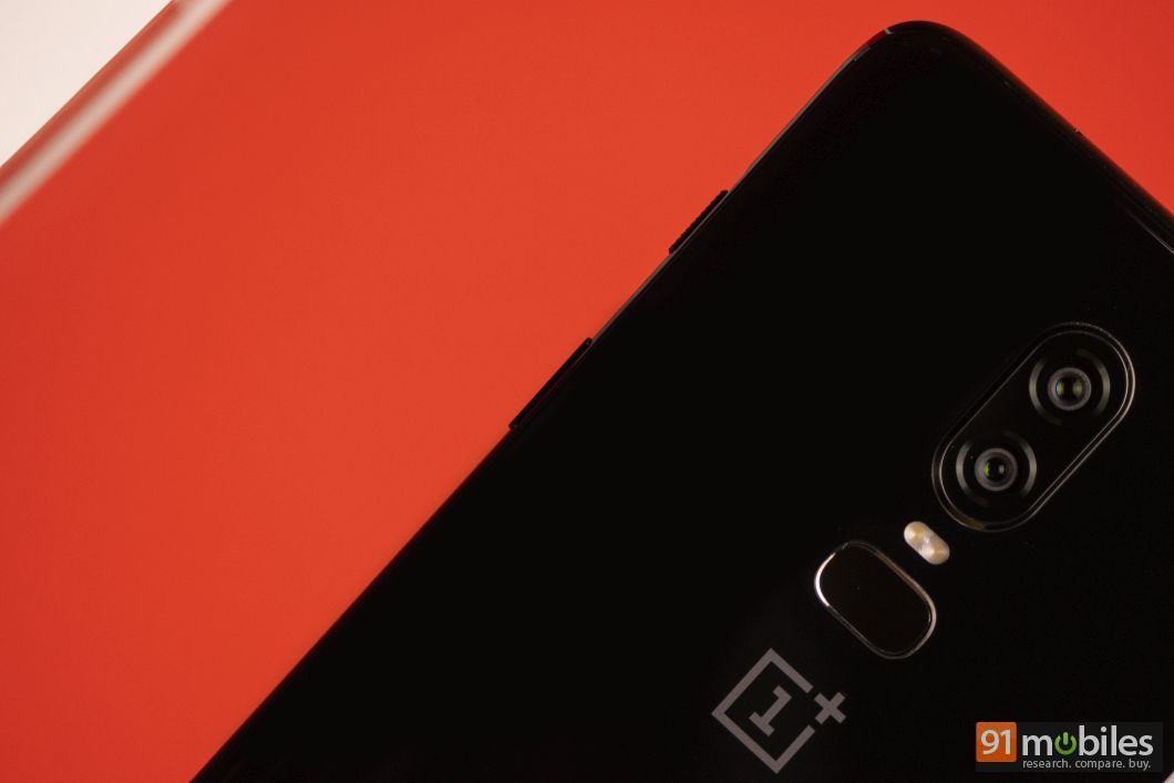 OnePlus 6 unboxing and first impressions 08