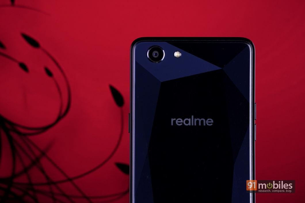 realme_1_review_design13