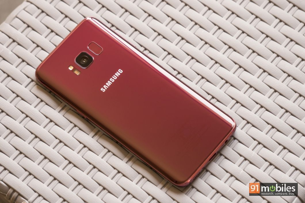 Samsung Galaxy S8 Burgundy red in pics01