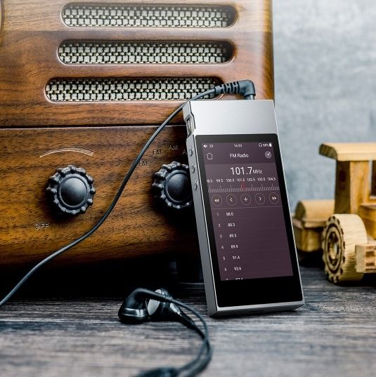 FiiO M7 high-resolution lossless DAP with Bluetooth 4 2
