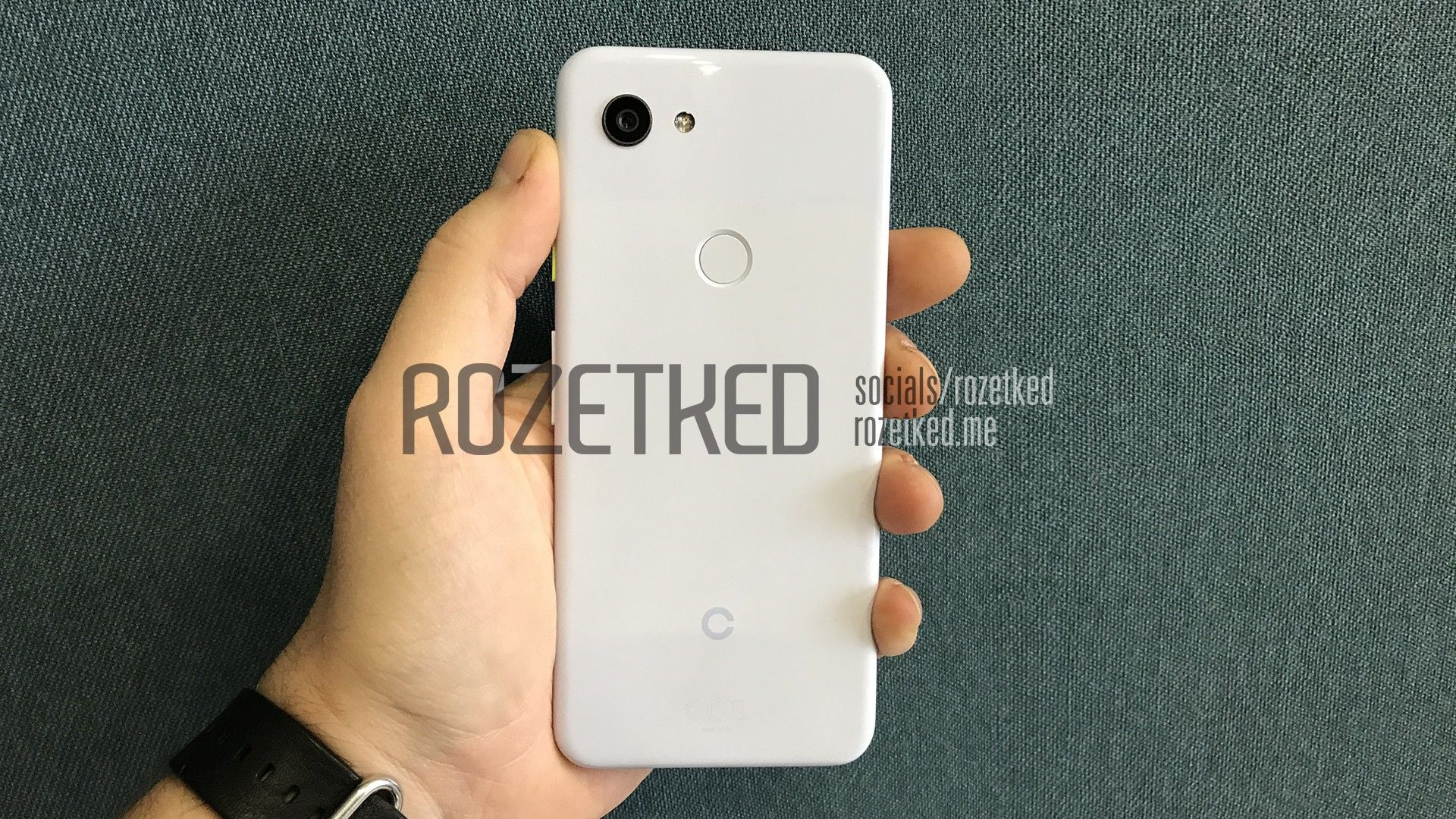 Google Pixel 3 Lite leaked in all its glory, with 3 5mm jack