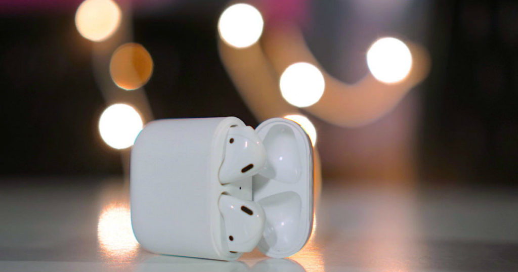 Apple AirPods - featured