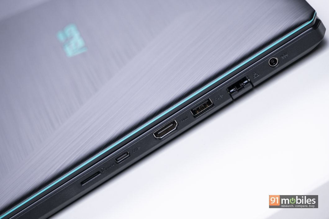 asus_f570z_review_design9