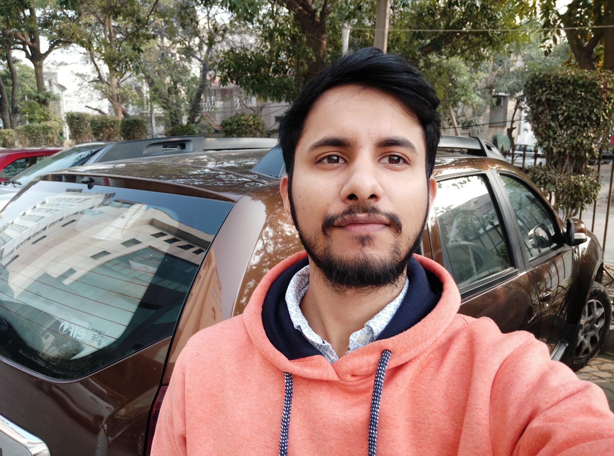Redmi Note 7 selfie daylight