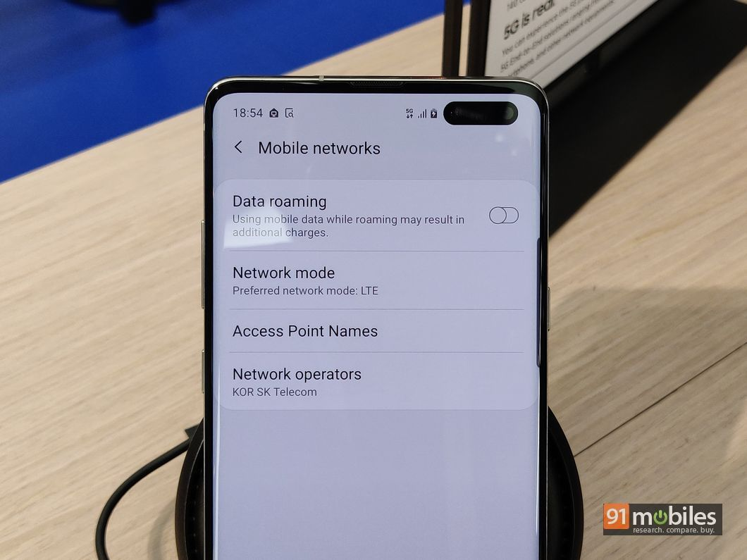 Samsung Galaxy S10 5G in pictures: bigger, broader and a complete
