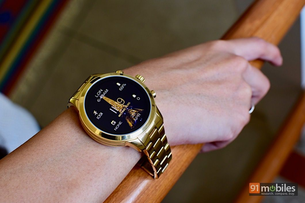 Michael Kors Access Runway Review A Fashion Forward Fitness