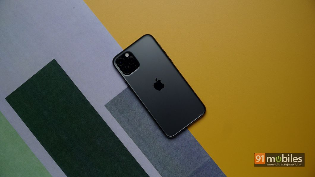 Yellow iPhone 11 Unboxing & First
