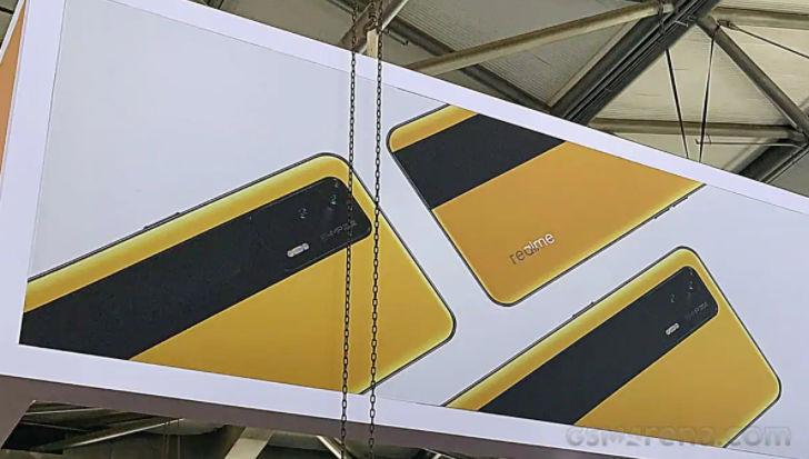 Realme GT 5G बैनर